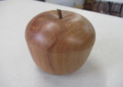 Eddie Petley apple