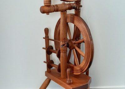 Spinning wheel K Lang
